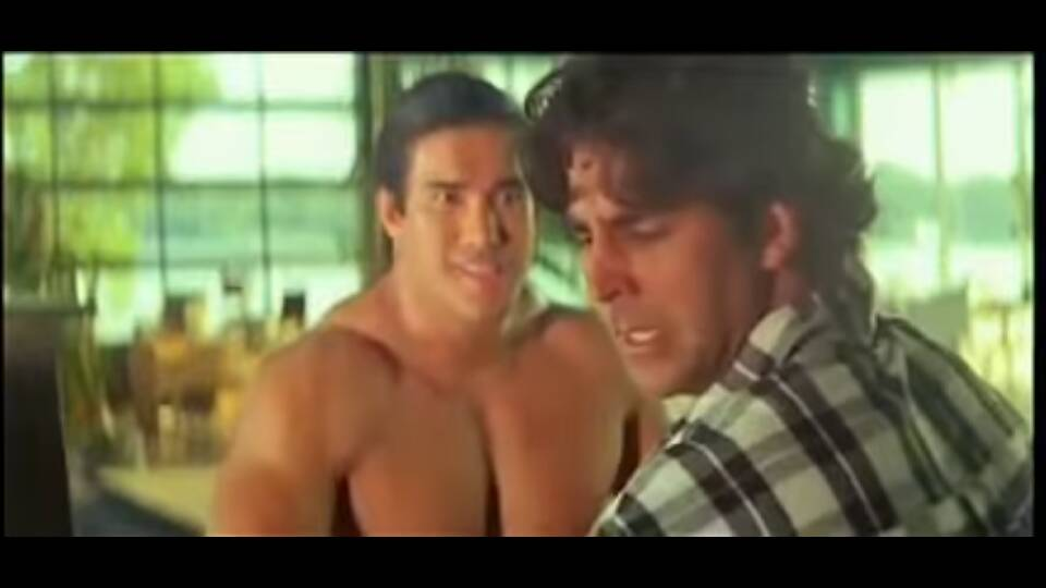 Khiladiyon ka khiladi fight